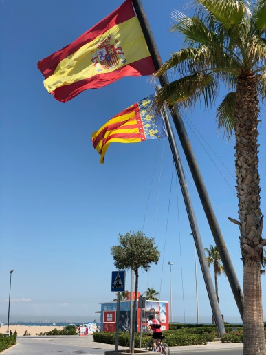 The Spanish and Valencian flags