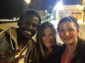 Outside the Pelican Musicafé with Ciara and Samba (who makes the BEST pancakes at the Hostel)