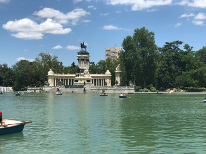 The Pond in the Parque El Retiro