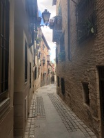 Never going to get tired of these little streets in Toledo